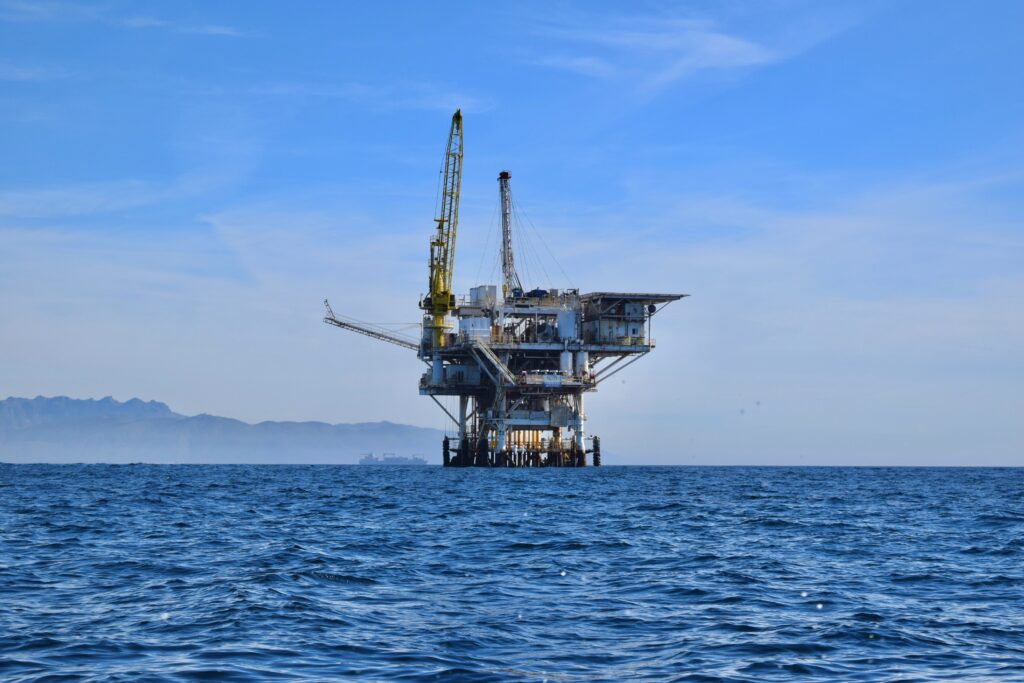 key-points-derivatives-offshore-oil-rig